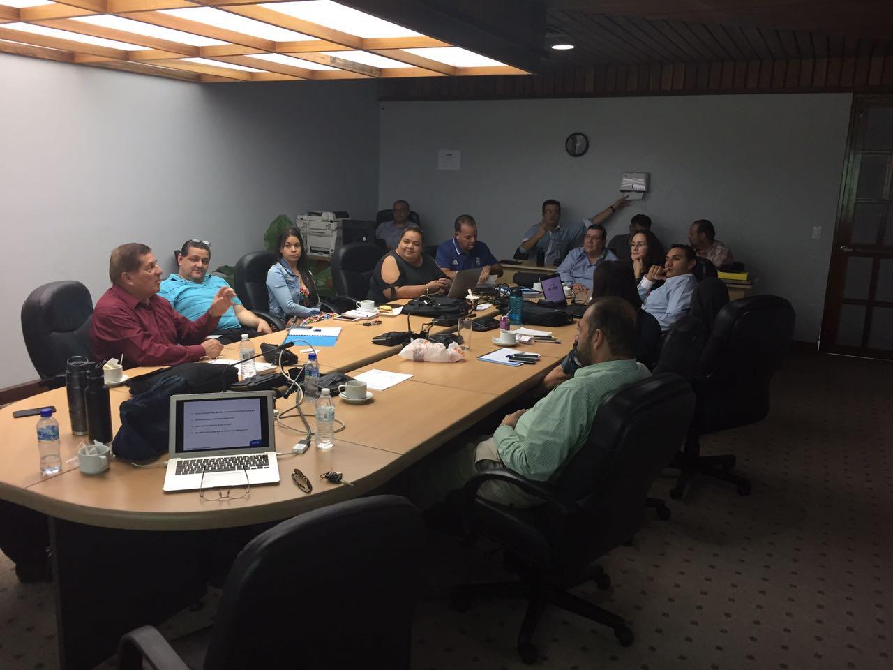 El ICAP capacita a funcionarios del Consejo de Transporte Público