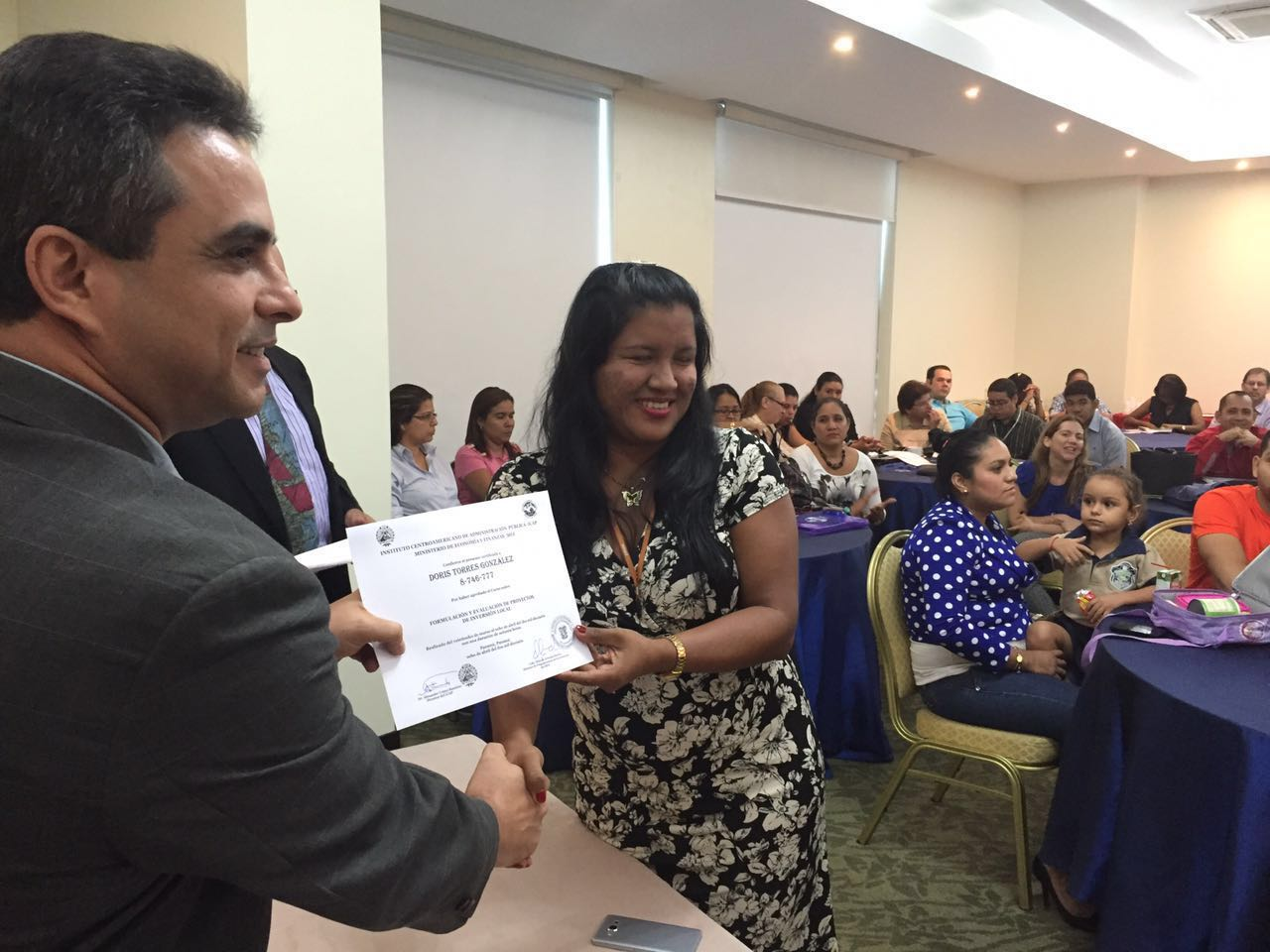 Funcionarios públicos panameños se capacitan en evaluación de proyectos