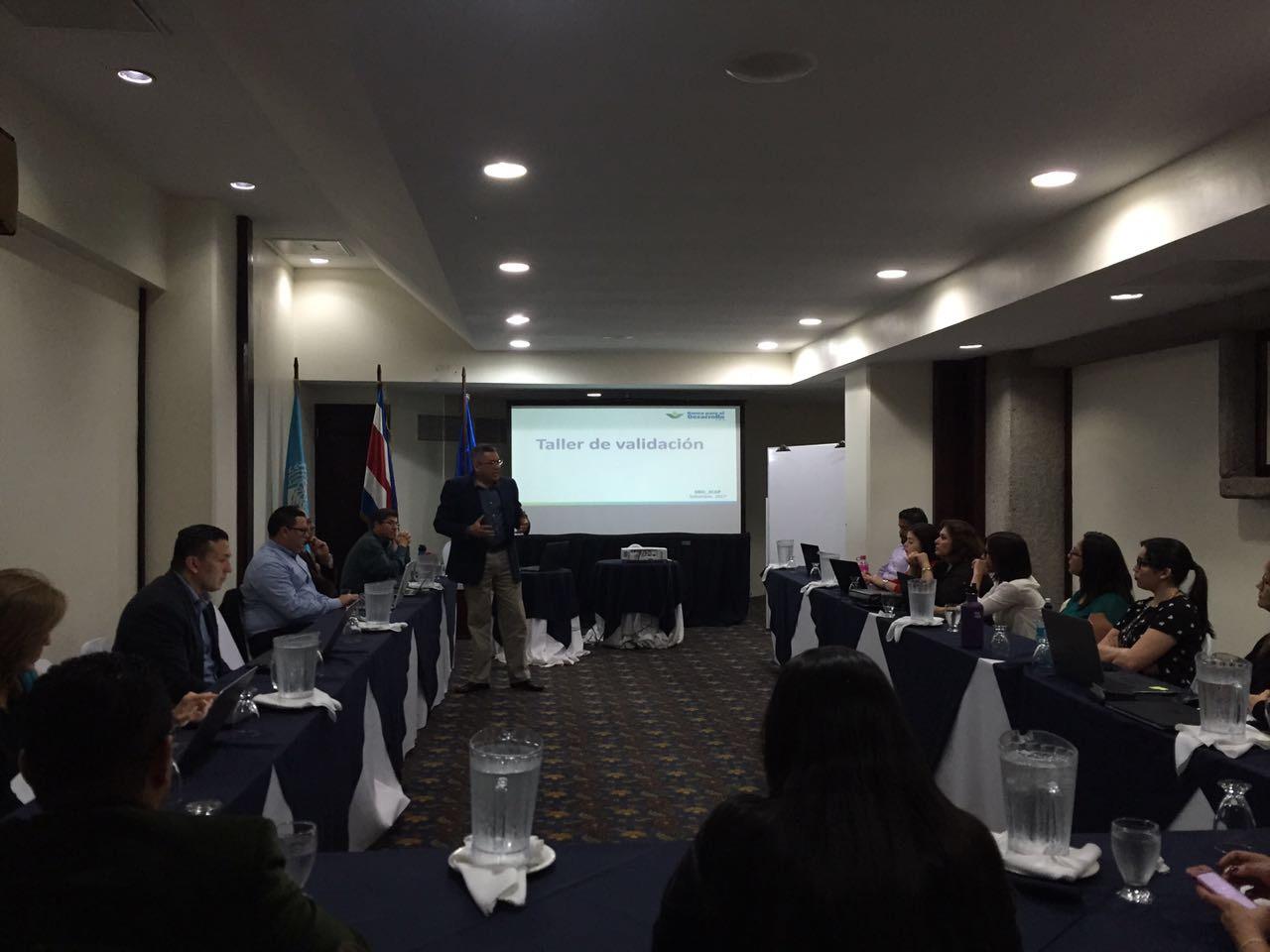 ICAP organiza Taller de validación de ejes de política y matrices de gestión del SBD