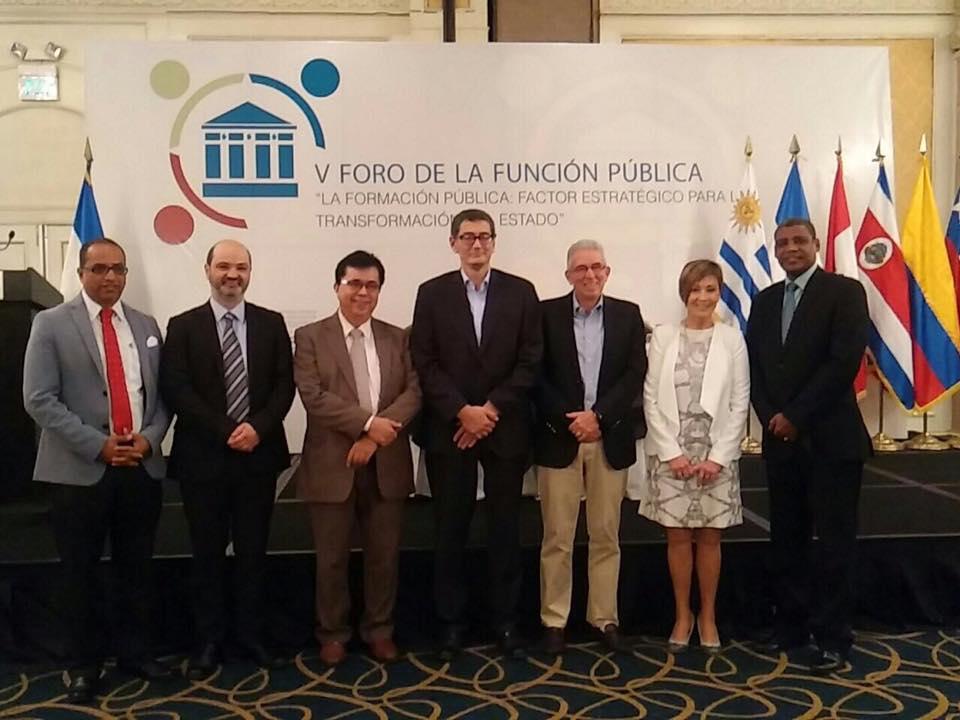 ICAP participa en el V Foro de la Función Pública de El Salvador