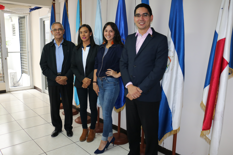 Estudiante chilena compartió con expertos en calidad durante pasantía en el ICAP