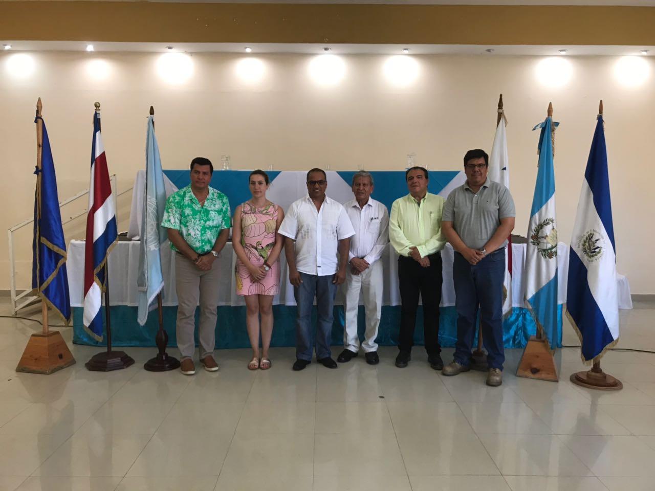 Acto oficial de clausura de los módulos IV y VI del Taller Regional del Diplomado en Blindaje Climático se realizó en Ciudad de Puerto Barrios, Guatemala
