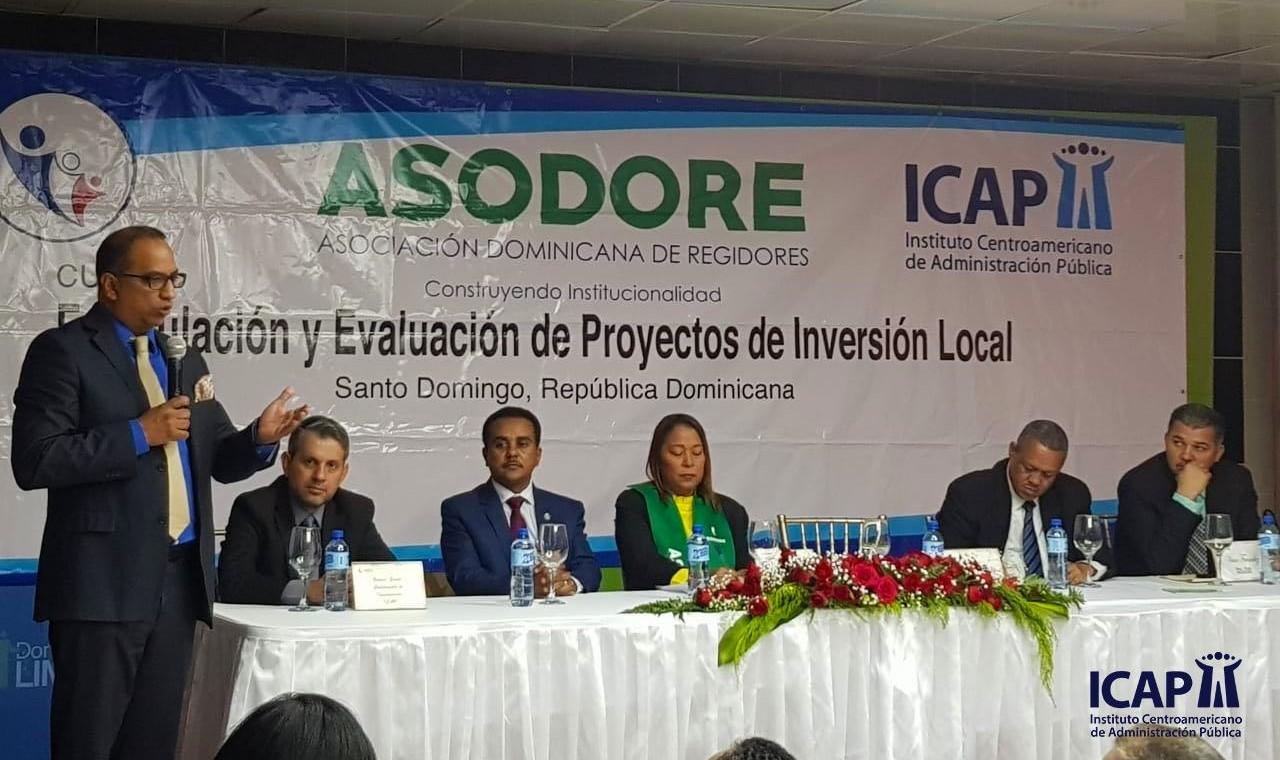 """El ICAP entrega prestigioso certificado """"Diplomado en Formulación y Evaluación de Proyectos e Inversión Local"""""""