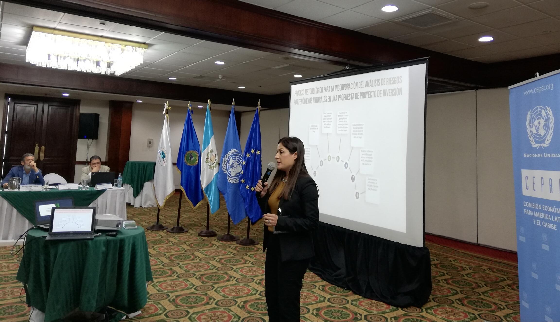 ICAP presenta su propuesta formativa en gestión de riesgo en Guatemala