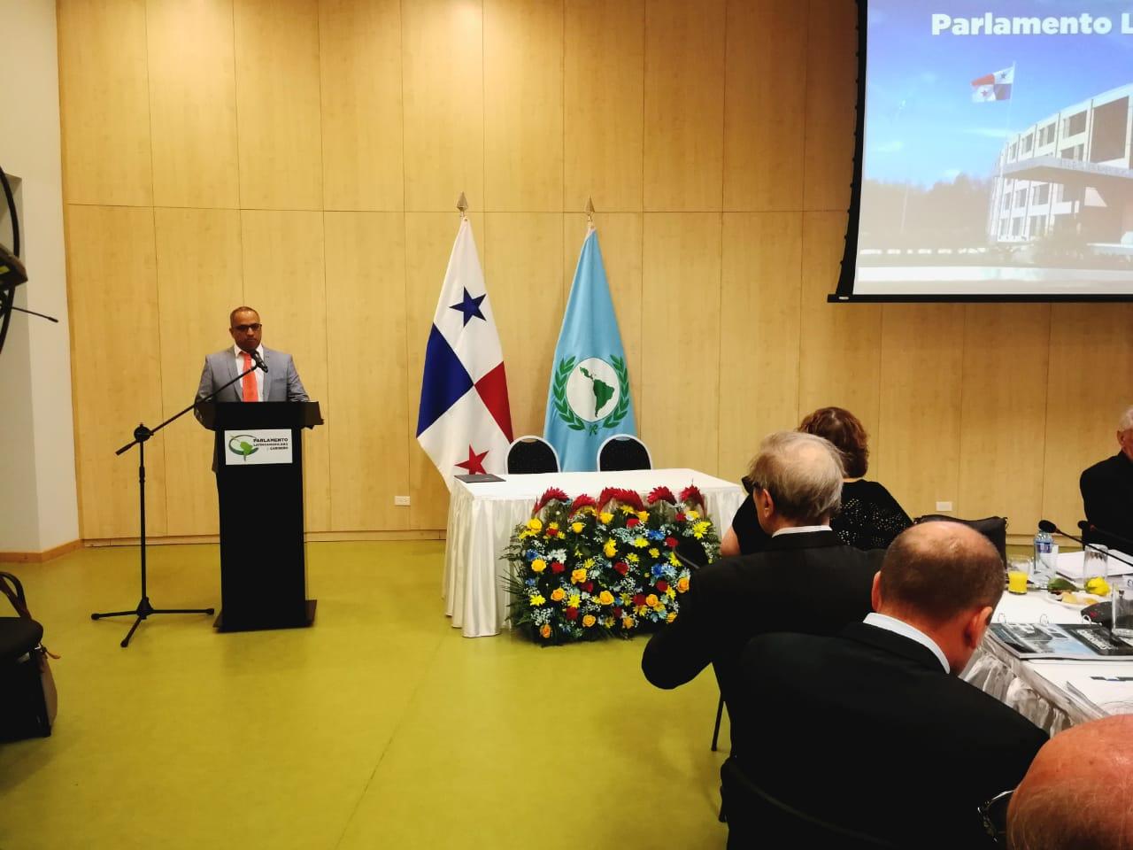 ICAP y PARLATINO acuerdan alianza de cooperación