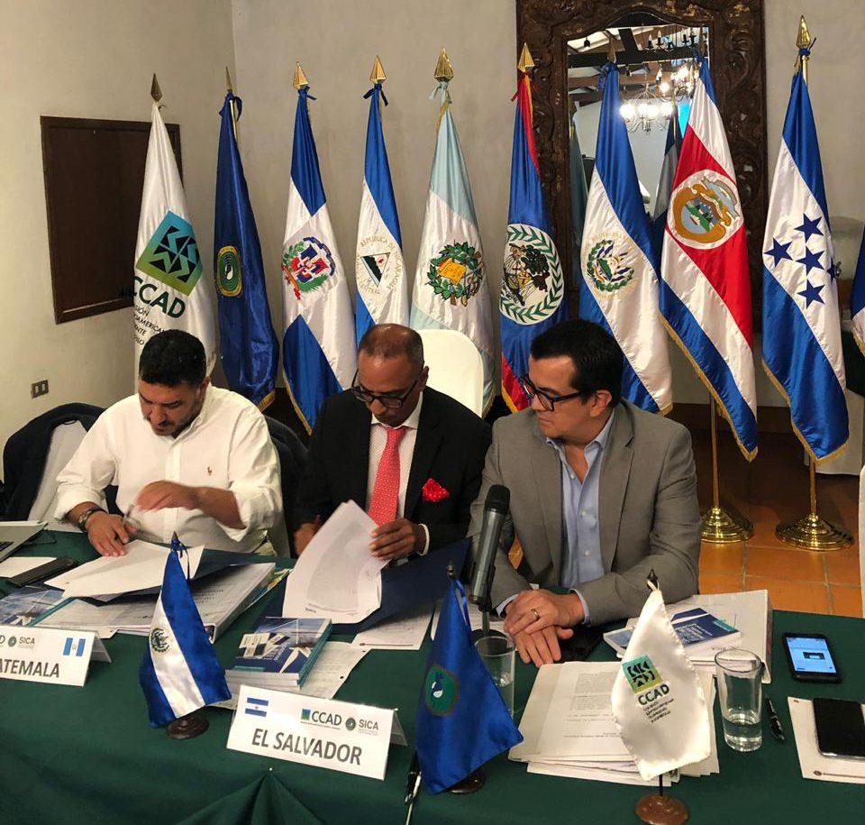 ICAP y Ministerio de Ambiente y Recursos Naturales de Guatemala firman convenio de cooperación