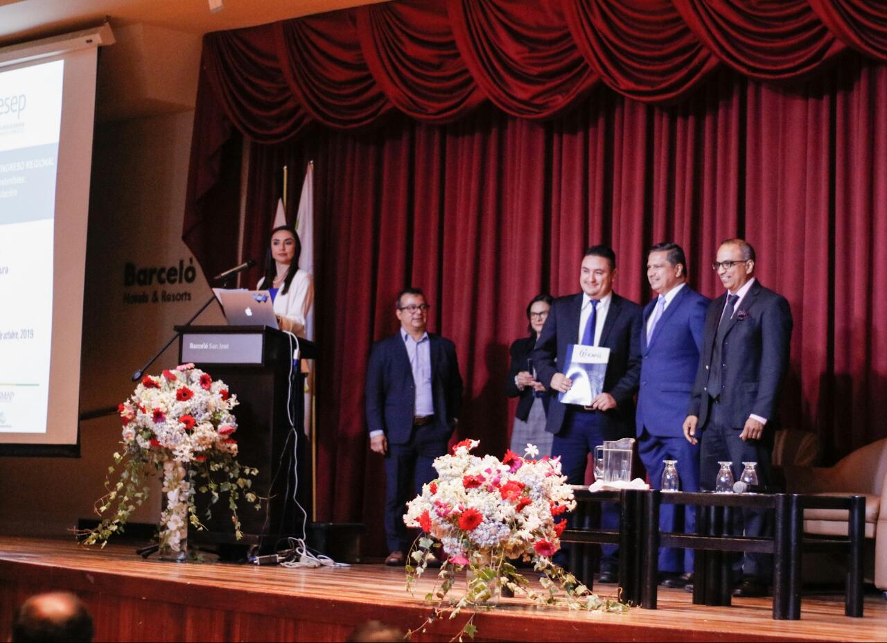 37 participantes finalizaron Programa Regional de Especialización en Regulación